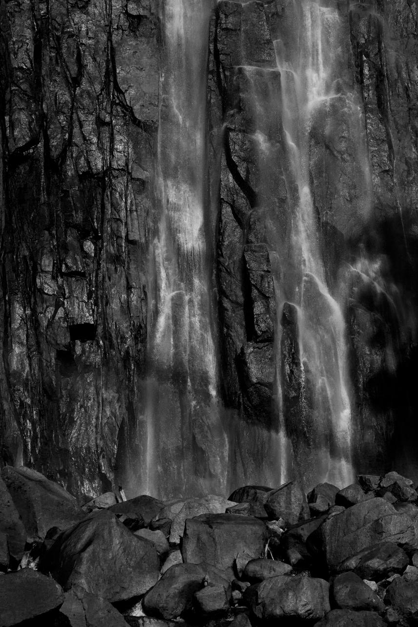 滝、太陽、カメラマンの三者面談
